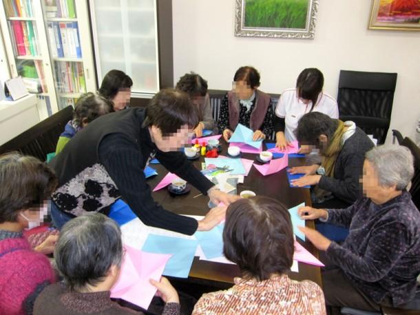 折り紙講座 ~お雛様を作ろう~