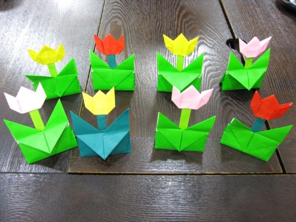 折り紙講座 ~チューリップを作ろう~