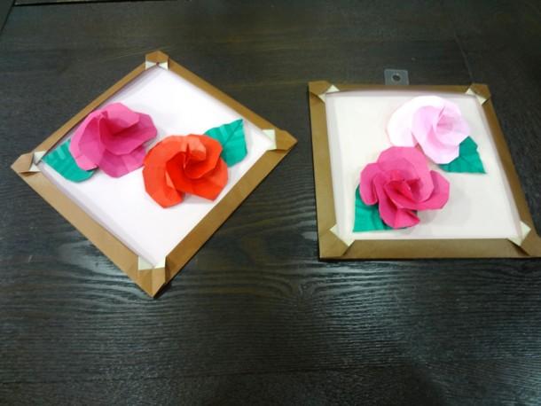 折り紙講座 ~バラの壁掛けを作ろう~