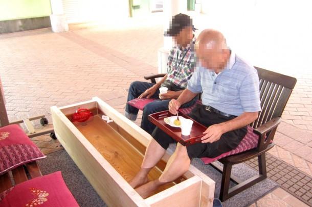 介護ステーションにて足湯を開催しました!