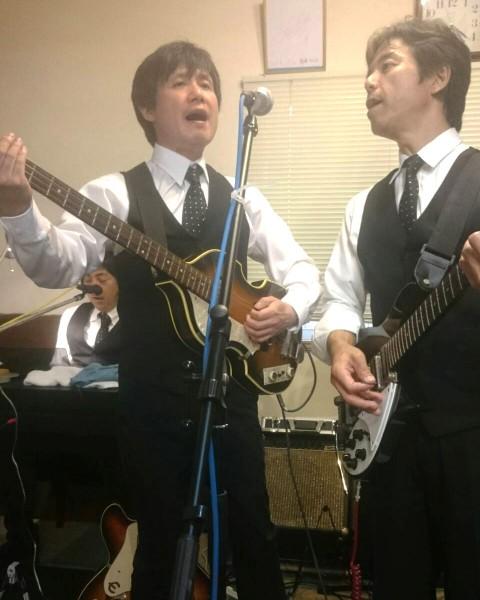 上小山田のビートルズナンバーをカバーしたバンド、ビートレスのライヴ