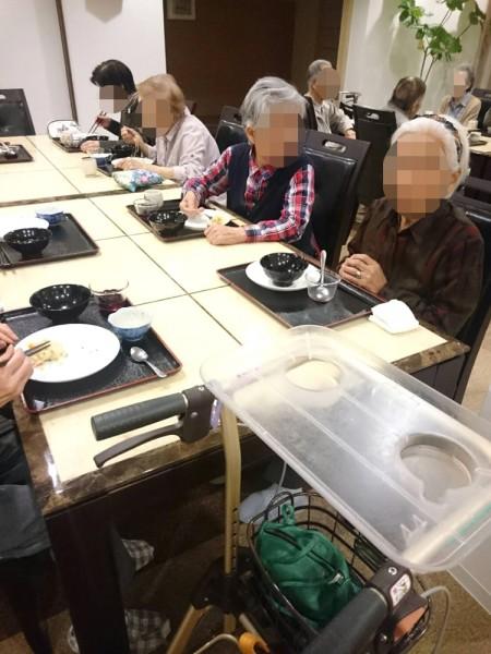 サービス付き高齢者向け住宅、清住の杜町田の今月のバイキングは、中華🍜🍥